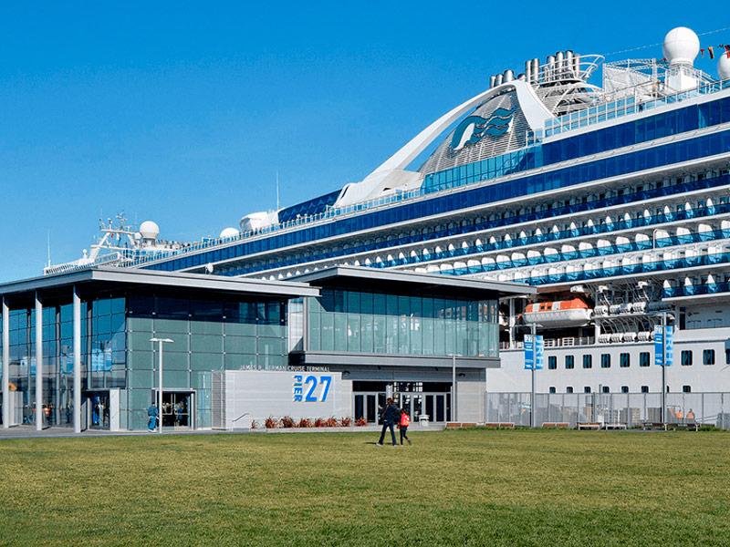 Barco de Princess en Terminal